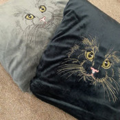 SSK Embroidered Cat Fleece blankets